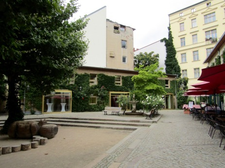 Heckmann Höfe - second courtyard
