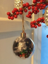 Bauble 1