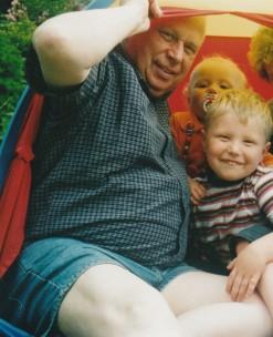 Papa im Zelt